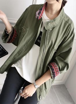 トレンディ刺繍像ジャケットC092648