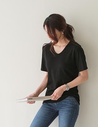 リースVネック半袖TシャツC021910