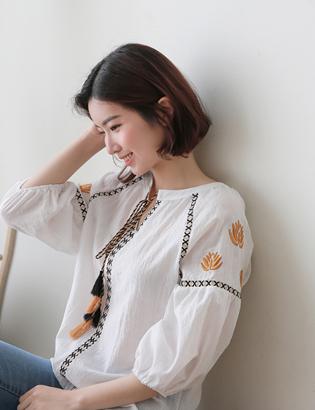 小売花の刺繍のブラウスC043083